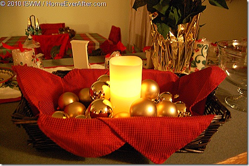 Christmas Holiday Serving Basket Centerpiece