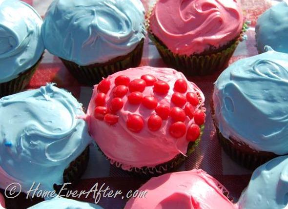 4th of July Cupcakes at HomeEverAfter.com