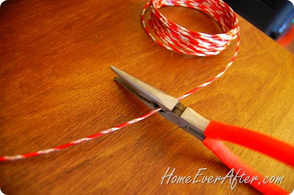 Duck Tape Christmas Wreath (14)
