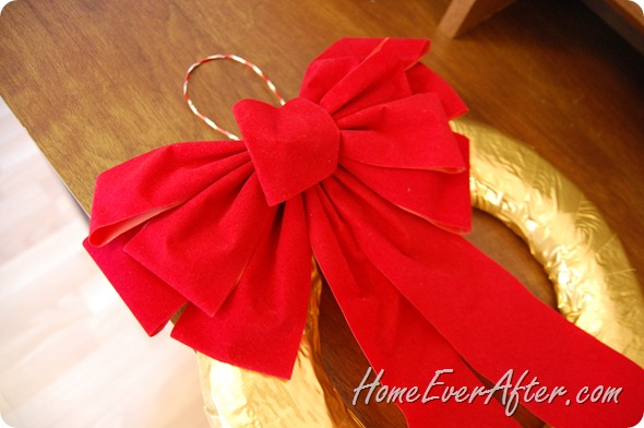 Duck Tape Christmas Wreath (19)