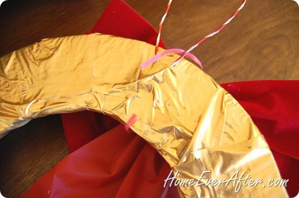 Duck Tape Christmas Wreath (20)