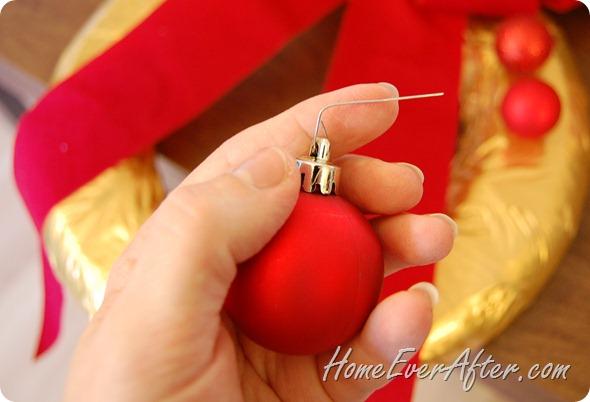 Duck Tape Christmas Wreath (28)