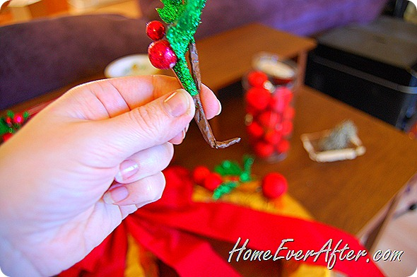 Duck Tape Christmas Wreath (31)