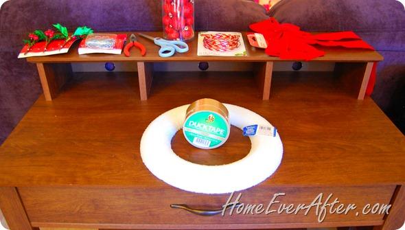 Duck Tape Christmas Wreath (9)