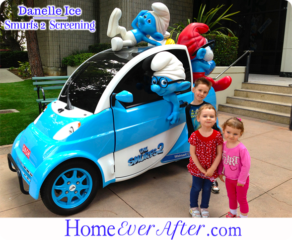 2 Smurfs 2 Danelle Ice Smurf Car Kids