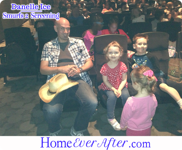 48 Smurfs 2 Danelle Ice Family in Theater
