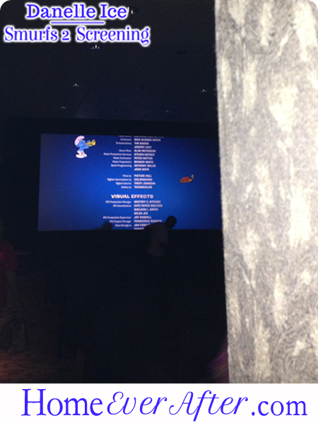 49 Smurfs 2 Danelle Ice End Credits